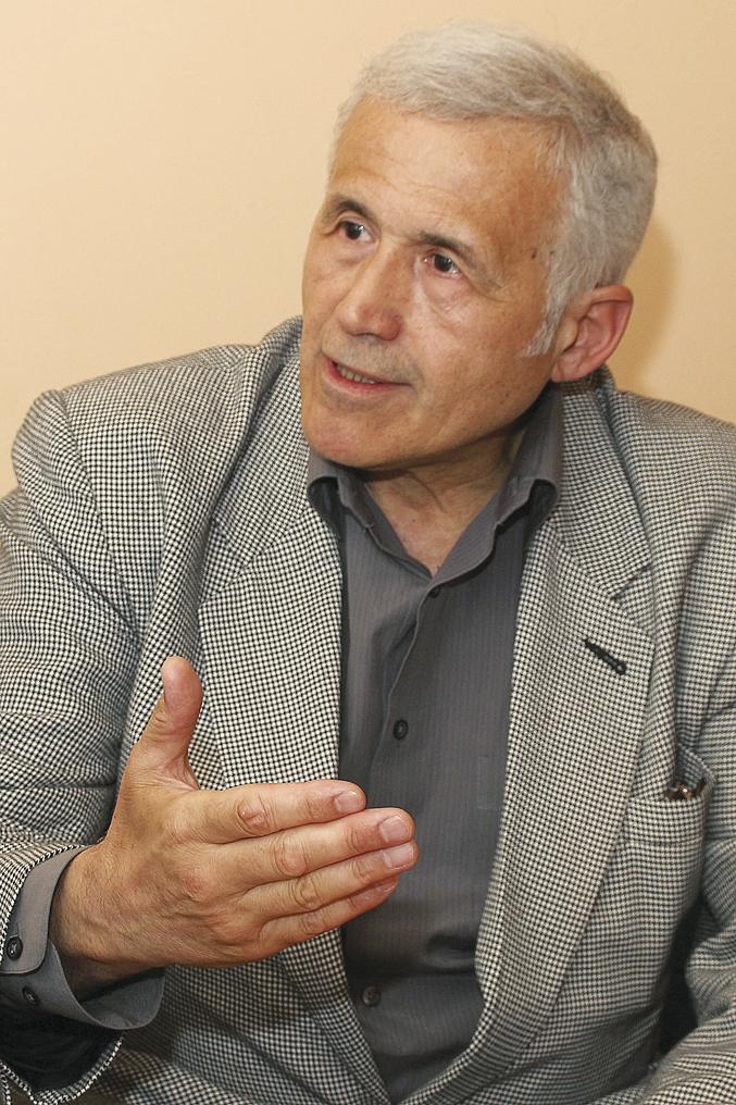 12-prof-Lachezar-Andreev