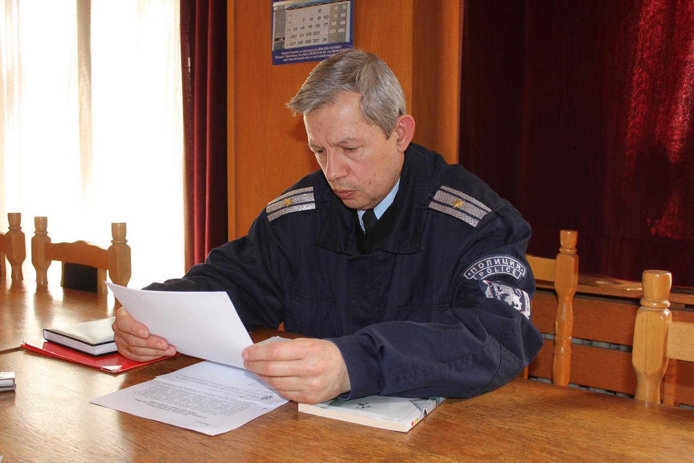 """Ст. инсп. Валентин Генов, зам-началник на сектор """"Пътна полиция"""""""