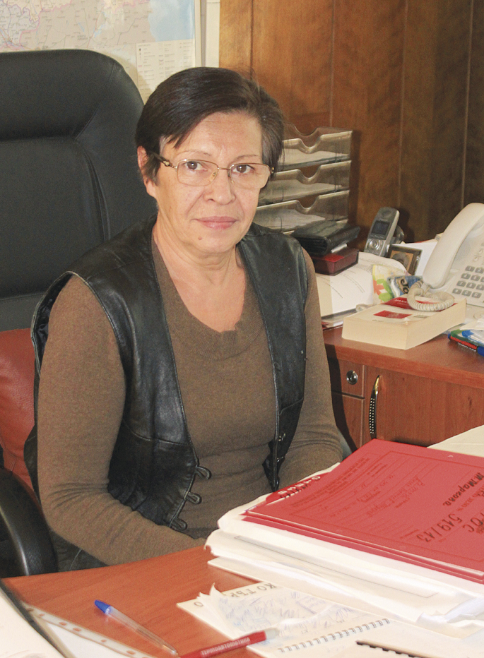 Съдия Мая Маркова е магистрат с повече от 30 години юридически стаж. Шест години е работила като следовател, а от 1992 година до момента е наказателен съдия. От 2000-та година има ранг на съдия във ВКС. От 2010 г. е административен ръководител на Окръжен съд - Велико Търново.