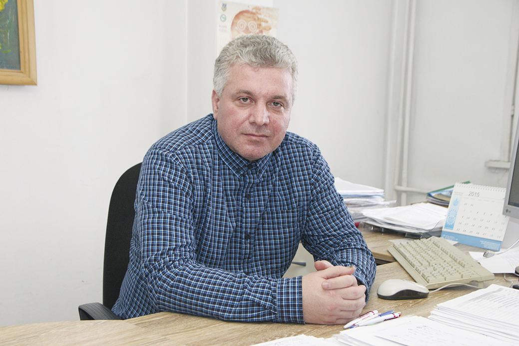 доц. д-р Мирослав Гълъбов