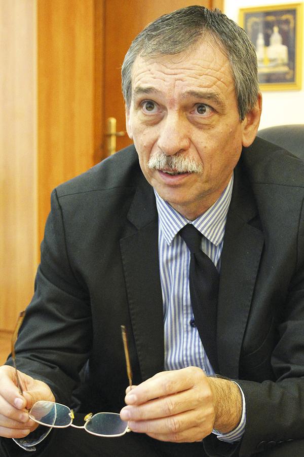 6_prof.-Bondjolov