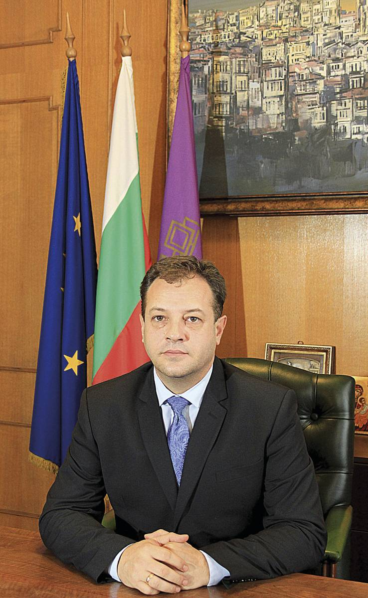 6-Daniel-Panov-oficialna