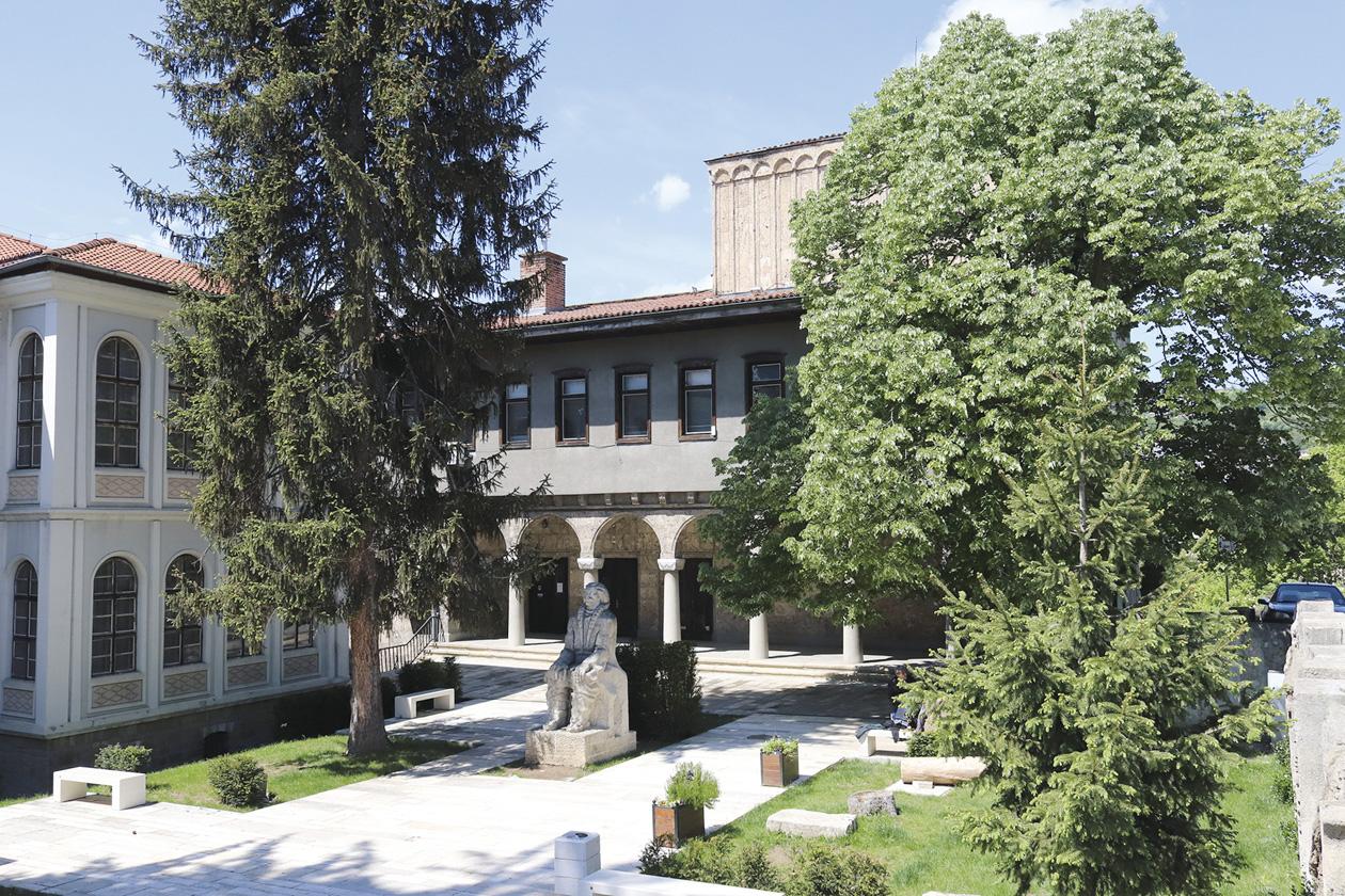 8-biblioteka
