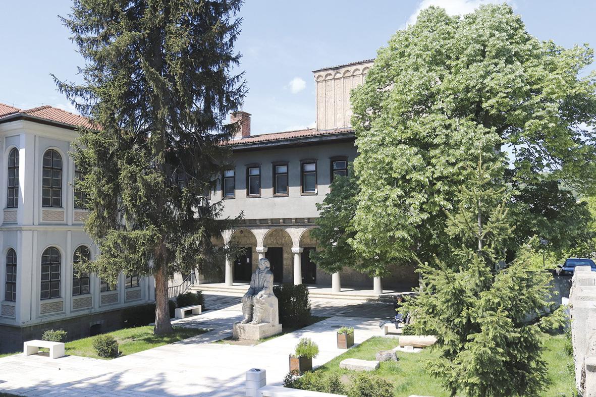 8-1-biblioteka